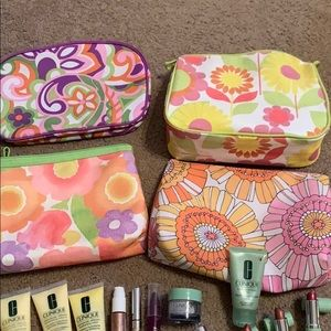 Clinique makes up and 4 bags